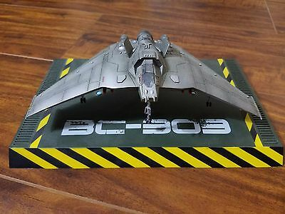 Stargate SG-1 F-302 Fighter Jet RARE w/ COA by Quantum Mechanix