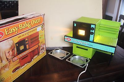 Vintage Kenner Bettery Crocker Easy Bake Oven Toy Kitchen Green Working Play