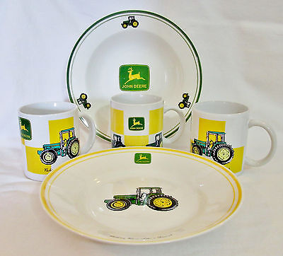 "John Deere TRACTOR 8.75"" (1) Bowl & (1) Plate (3) 11oz Mug Dinnerware DISPLAY"