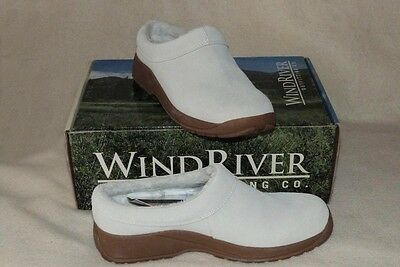 WINDRIVER Suede Fleece Lined Ladies Clog White Size 8 NEW