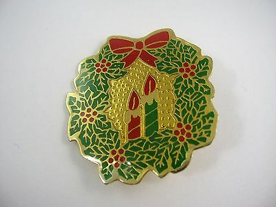 Vintage Collectible Christmas Pin:  Wreath w/ Candles