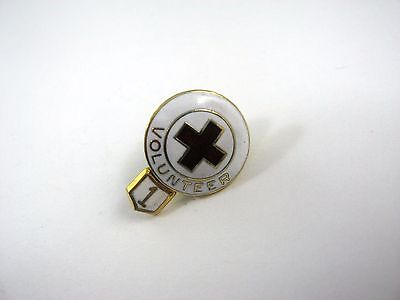 Vintage Collectible Pin: Red Cross Volunteer 1 Year