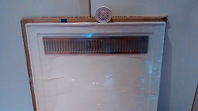 BATHROOM SHOWER BASE WITH STAINLESS STEEL METAL GRATE SUIT 900 by 900