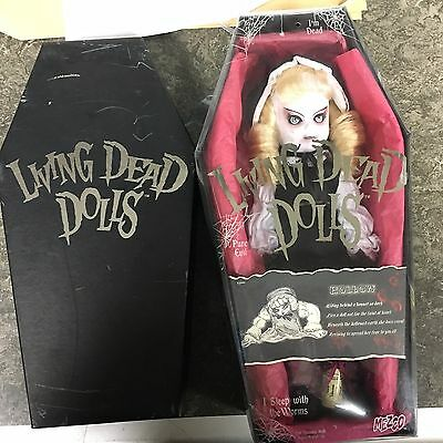 Living Dead Dolls Hollow