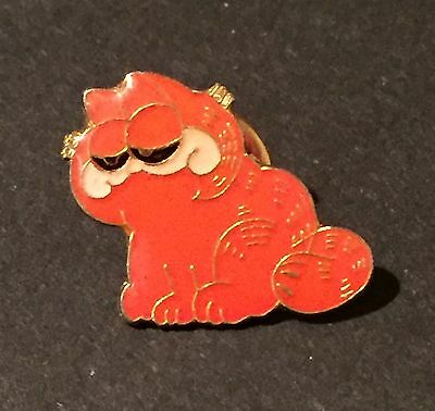 Garfield Pin Pin back