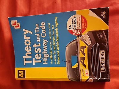 Theory Test Kit (Book + Disc) (GREAT CONDITION)