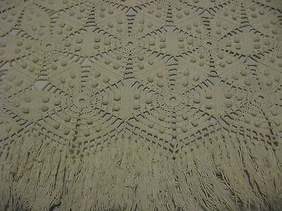 LOVELY VINTAGE HAND CROCHET POPCORN FRENCH KNOT BEDSPREAD/TABLECLOTH 84x78
