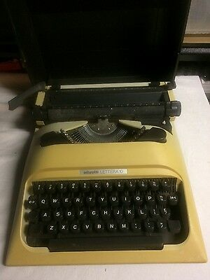 Typewriter Olivetti Lettera 10, good working condition