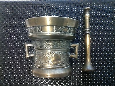 Vintage Solid Brass Pestle and Mortar, Apothecary, Richard Startyn 1623