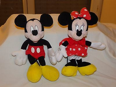 Lot 2 peluche Disney Mickey et Minnie 17cm Jemini