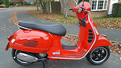 VESPA GTS 125 i.e 2013 LOW REC MILES, IMMACULATE, CARD PAYMENT/FINANCE/DELIVERY