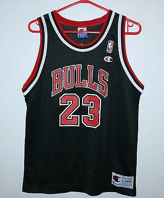 Vintage Chicago Bulls NBA shirt #23 Jordan Champion KIDS Size L