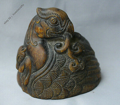 12cm China Dynasty Old Antique OX Horn Hand-carving Phoenix Bird Peacock Statue