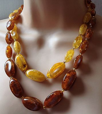 FANTASTIC VINTAGE AMBER COLOURED BEADS NECKLACE FROM THE 1960s