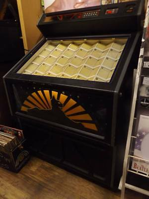 Lynx Cd  Jukebox-Fully Working-Holds 60 Cds-Great For Any Mancave