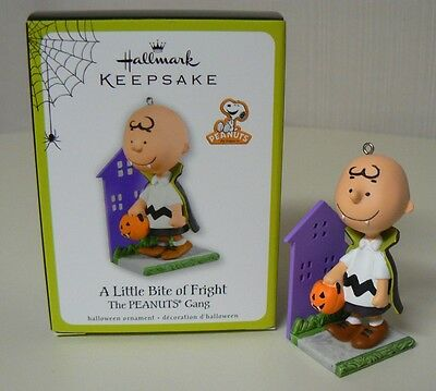 Hallmark 2011 A LITTLE BITE OF FRIGHT Charlie Brown Ornament NEW Peanuts