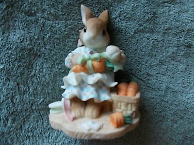 Xmas My Blushing Bunnies Bunny Mom Gifting Carrots #386855 1998 Share Blessings