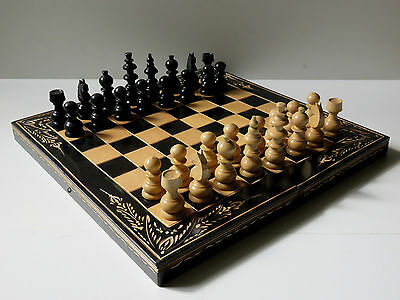 """17"""" Hand Carved Foldable Wooden 2-In-1 Chess & Backgammon Set"""