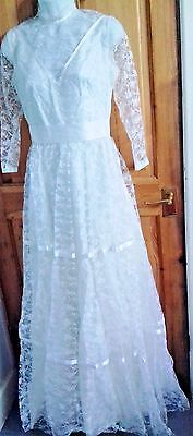 True Vintage 60s 70s white lace Wedding Dress lace sleeves Retro