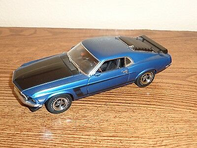 Danbury Mint 1969 Ford Mustang Boss 302 Blue 1:24 Car Limited Edition 1779/5000