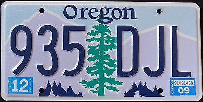 """OREGON """" TREE - 935 DJL """" 2009 OR Graphic License Plate"""