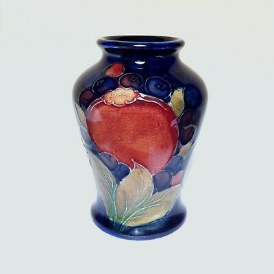 Beautiful Vintage Moorcroft Pomegranate Art Pottery Vase 1928 -1949