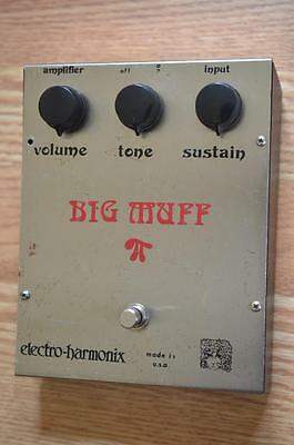 Electro Harmonix White Can Ram's Head Big Muff Pi Vintage Guitar Effects Pedal