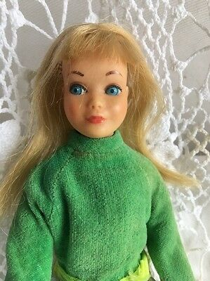 Vintage BEND Leg SKIPPER Barbie Sister DOLL 1730 LOTS OF LACE