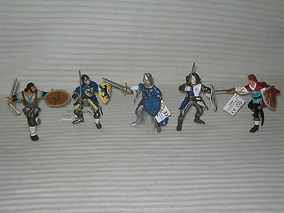 PAPO 5 X Figurines - Gaul - Flanders - Phillip - Lancelot - Red Prince - Lot New