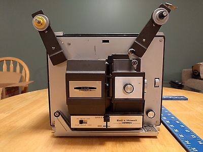 BELL & HOWELL #456 A Compatible 8mm / SUPER 8 MOVIE FILM PROJECTOR