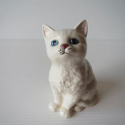 Vintage Royal Doulton Figure, White Persian Gloss Cat Kitten, Cute Collectible