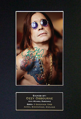 OZZY OSBOURNE - MEMORABILIA - Collectors Signed Photo + FREE WORLDWIDE SHIPPING