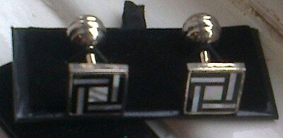 Men's Mother of Pearl Cuff Links[116] - Square - Black and Silver - Boxed