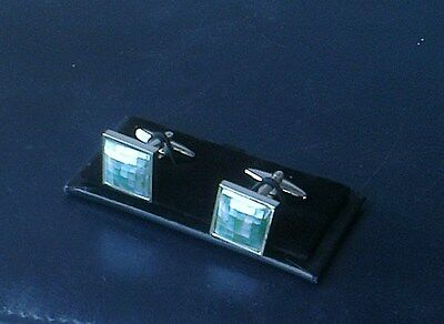 Men's Mother of Pearl Cuff Links[114] - Green Squares - Boxed