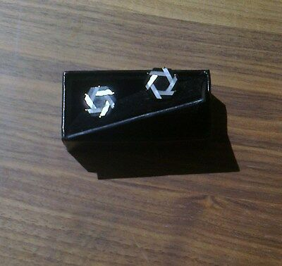 Men's Mother of Pearl Cuff Links[103] - Hexagonal - Black & White - Boxed