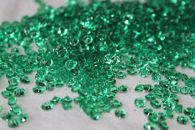 5000 x GREEN 4.5MM ST PATRICKS DAY DIAMOND CONFETTI TABLE DECORATION UK SELLER
