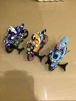 Scalextric Motorcycles x 5 in superb condition