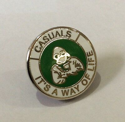 """CELTIC Casuals Badge Pin Football Club FC """"ITS A WAY OF LIFE"""" Firm Crew Casual"""