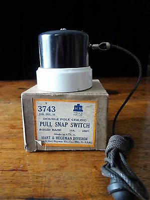NOS Antique Double Pole Ceiling Pull Snap Switch Solid Porcelain Base Bakelite