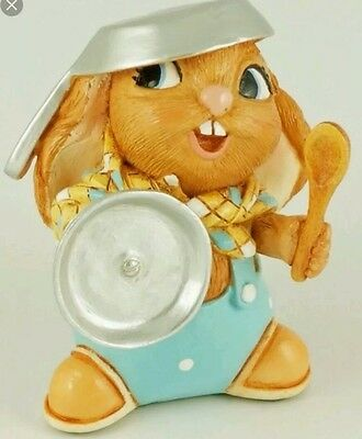 """Pendelfin """" Ramsey """" Bunny Rabbit Figurine Playing Soldier With Pan & Spoon- New"""