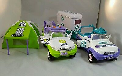 Animal Hospital Rescue And Care Tent And Cars With Trailers