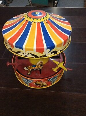 Wolverine Tin Toy Carousel #76 Horses And Planes. Great Color And Spins!