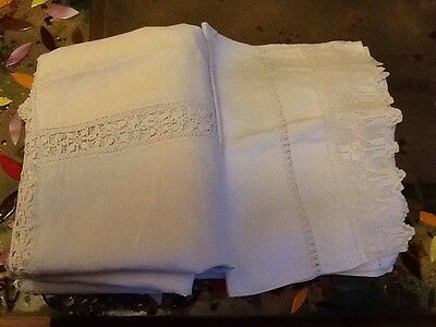 Antique Unsorted White Linen With Lace