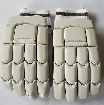 Unbranded Cricket Batting Gloves - BRAND NEW - LH Available!