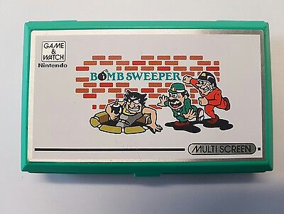 Vintage, Retro, Collectible Nintendo GAME & WATCH BOMB SWEEPER BD-62 1987