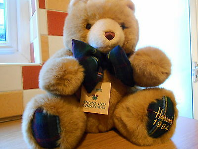 Harrods Annual Christmas Teddy Bear Foot Dated 1994 with tags