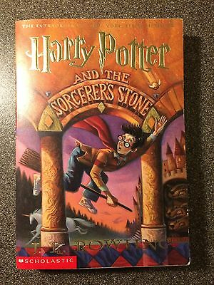 Harry Potter and the sorcerer's stone, J.K Rowling, englischsprachig