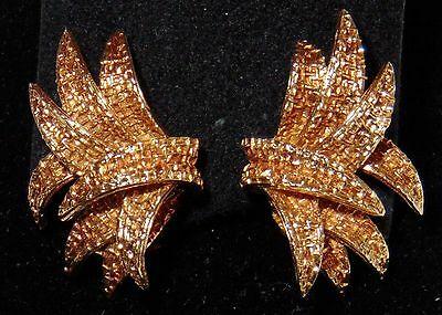 Van Cleef & Arpels, Retro Gold Earclips, signed and numbered, French hallmarks