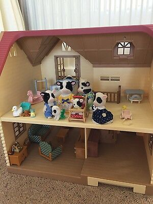 Sylvanian house and family