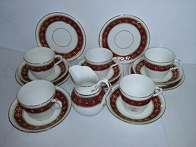 16 piece Red and Gold Teaset